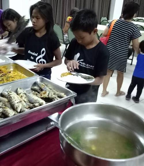 Retreat dinner served CM SIAC Apr 2017