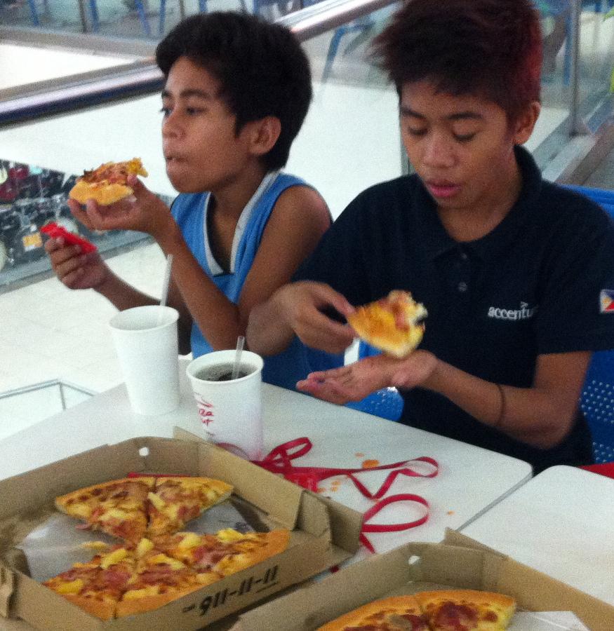 Richard Jay Del Rosario pizza CM SIAC Feb 2016