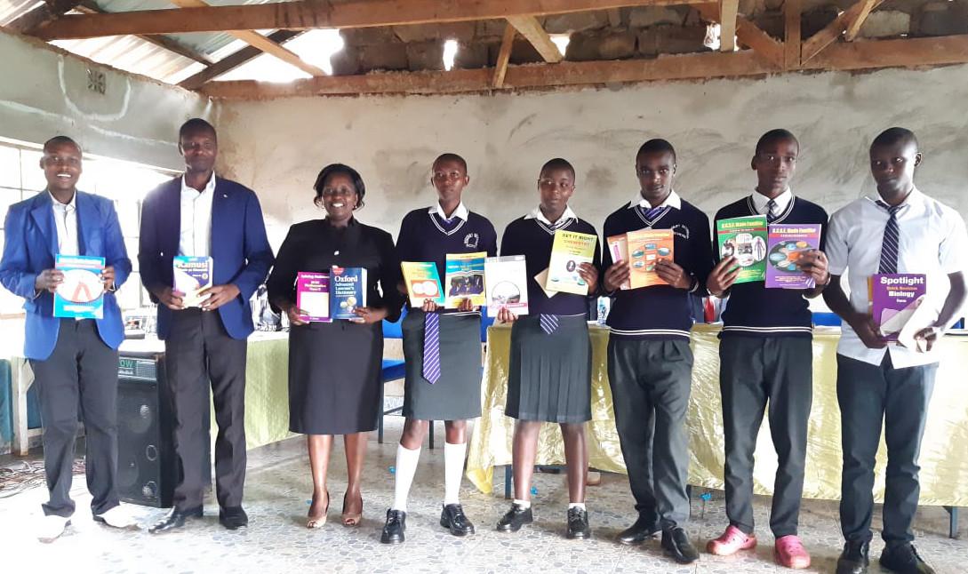 Ninth Writing Comp winners w books Mogonjet May 2019