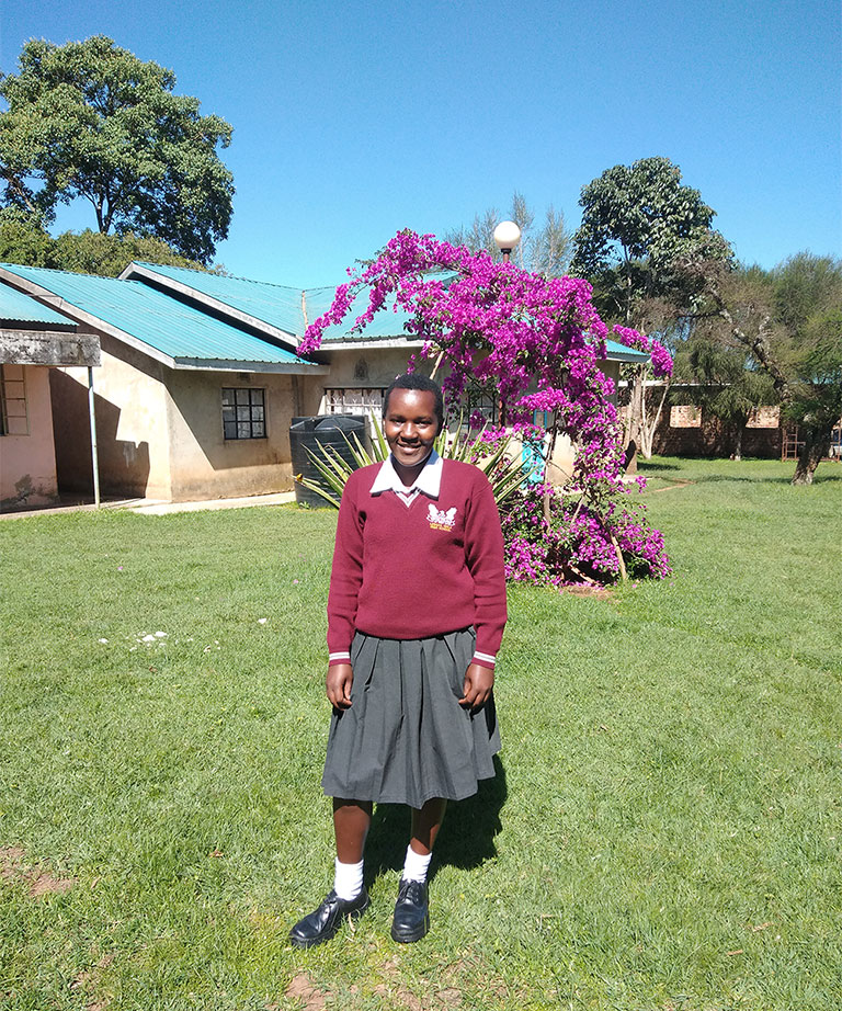 Mourine Awino - Lenana girls school - Kenya - Lift the Lid